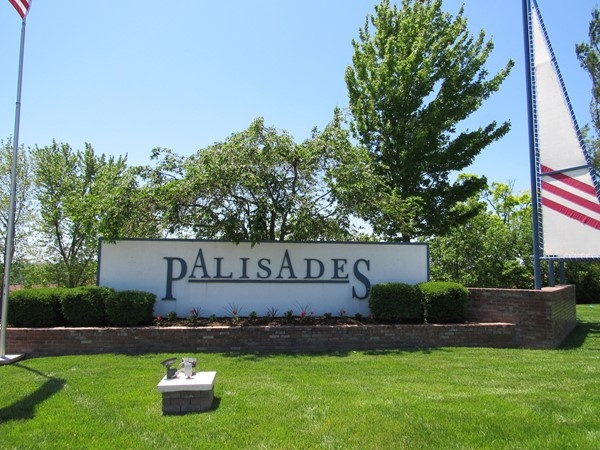 Palisades Condos located on the 14 MM by water and off of Horseshoe Bend Parkway by land