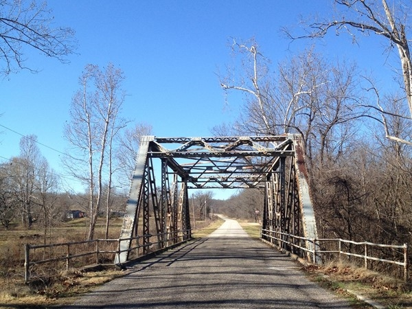 Old Hwy 66 bridge near Halltown