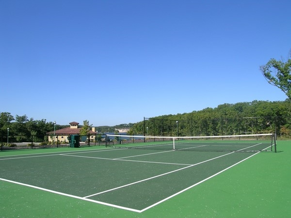 Extremely nice tennis courts at Heritage Isle