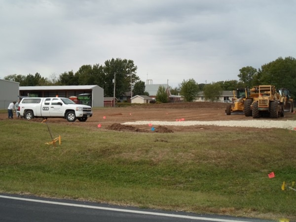 New location of the Dollar Store breaks ground