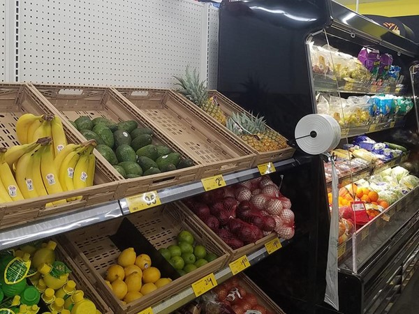 Dollar General in Lyndon remodeled. They now offer fresh produce and more coolers