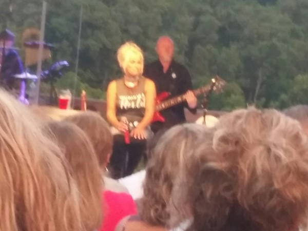 Lorrie Morgan Concert at Shawnee Bluff Vineyard