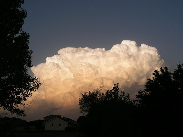 One of Newton's famous summer clouds