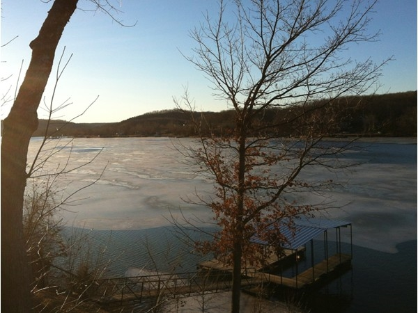 January freeze and thaw on the arm of the Little Niangua