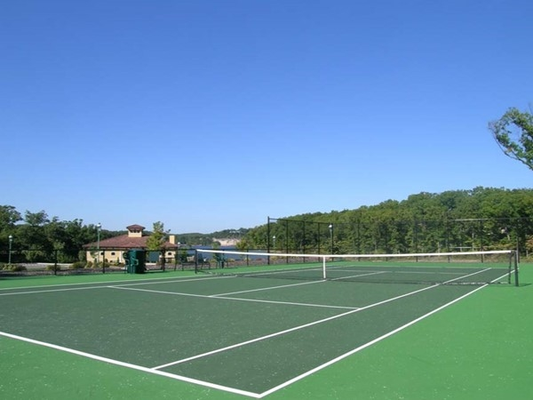 Let's play some tennis at Porto Cima