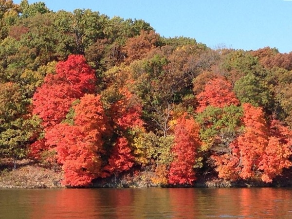 Colors on the Lake Of The Ozarks