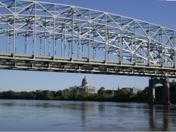 Jefferson City, MO, capitol building & Missouri River