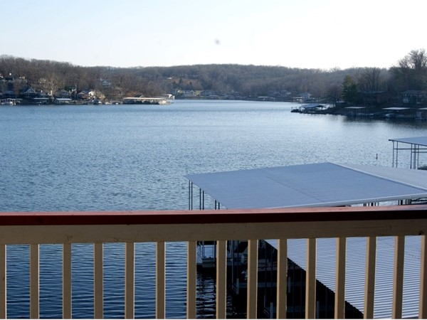 Aqua Fin offers great lake views with cove protection