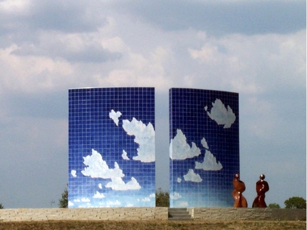 Phil Epp's Blue Sky Morning mosaic sculpture