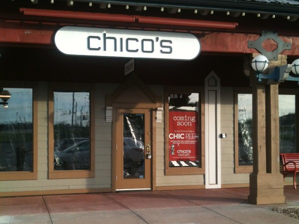 Let's shop ladies! Chico's at the outlet mall in Osage Beach