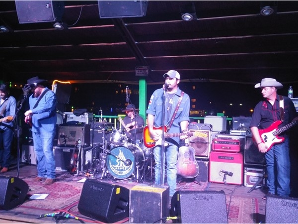 Reckless Kelly and Shady Gators On Sweet William Drive
