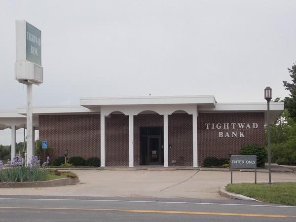 Tightwad Bank in Clinton