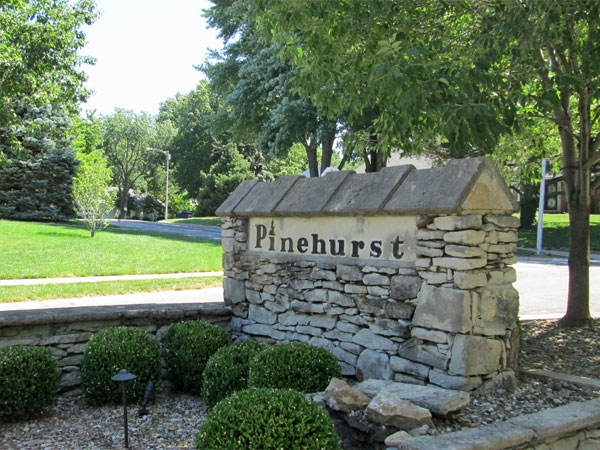 Pinehurst Entrance