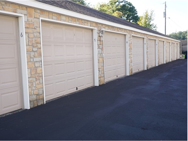 Need extra room? Royale Palms has large garages available