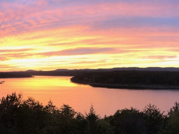 Beautiful sunsets. Kings River meets main channel. Table Rock Lake living